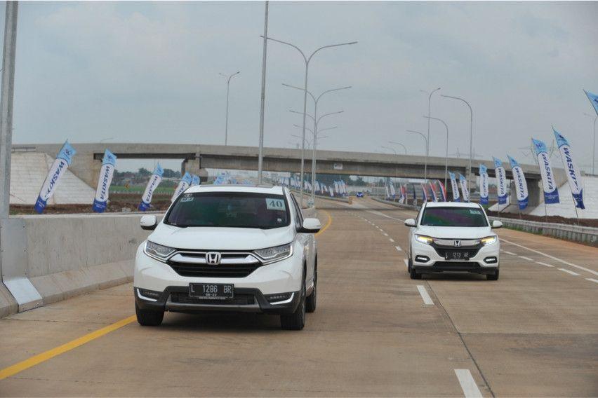 Honda CR-V Ikut Rombongan Presiden, Perdana Lintasi Tol Trans Jawa